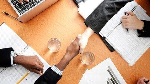 10 habits of exceptionally persuasive salesmen
