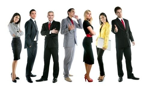 5 powerful body language tricks for salesmen (make people instantly like you)